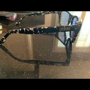 DIFF Eyewear Sunglasses